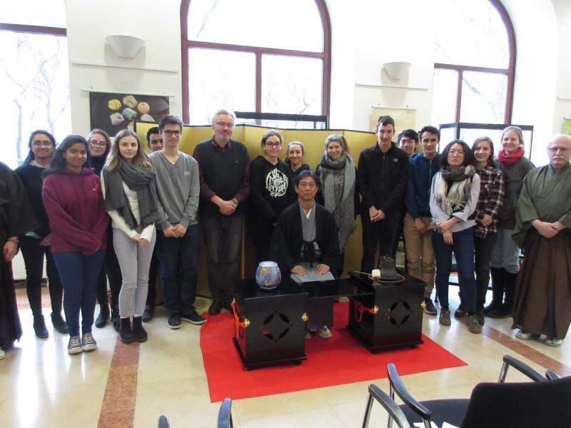 Besuch am japanischen Kulturinstitut